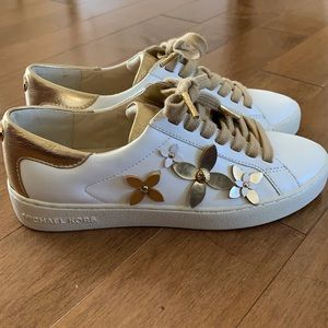 Michael Kors Lola flower trainers size 5.5